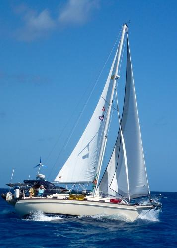 32' Island Packet 2000 320