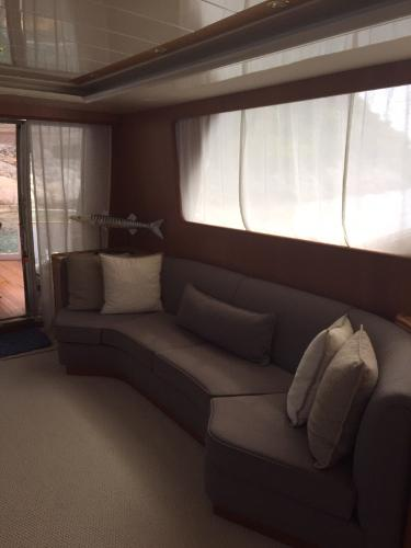 Salon With Sofa