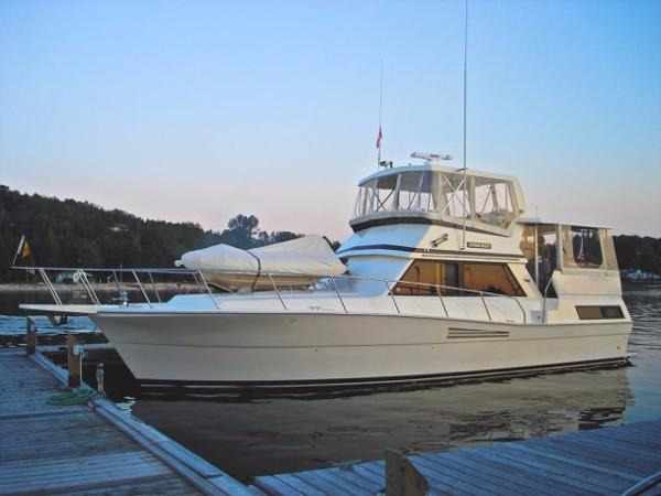 1989 Viking Motor Yacht For Sale