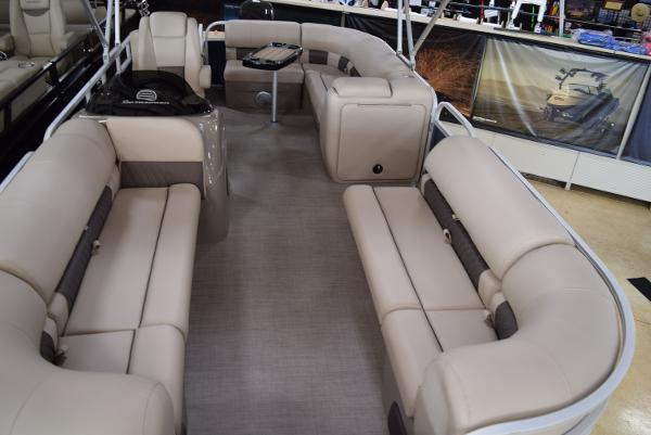 2020 Sun Tracker boat for sale, model of the boat is Party Barge 20 DLX & Image # 26 of 54