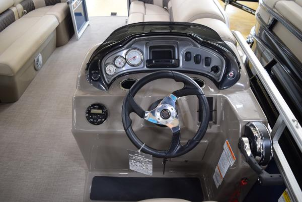 2020 Sun Tracker boat for sale, model of the boat is Party Barge 20 DLX & Image # 32 of 54