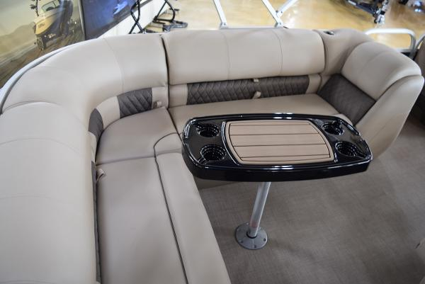 2020 Sun Tracker boat for sale, model of the boat is Party Barge 20 DLX & Image # 35 of 54