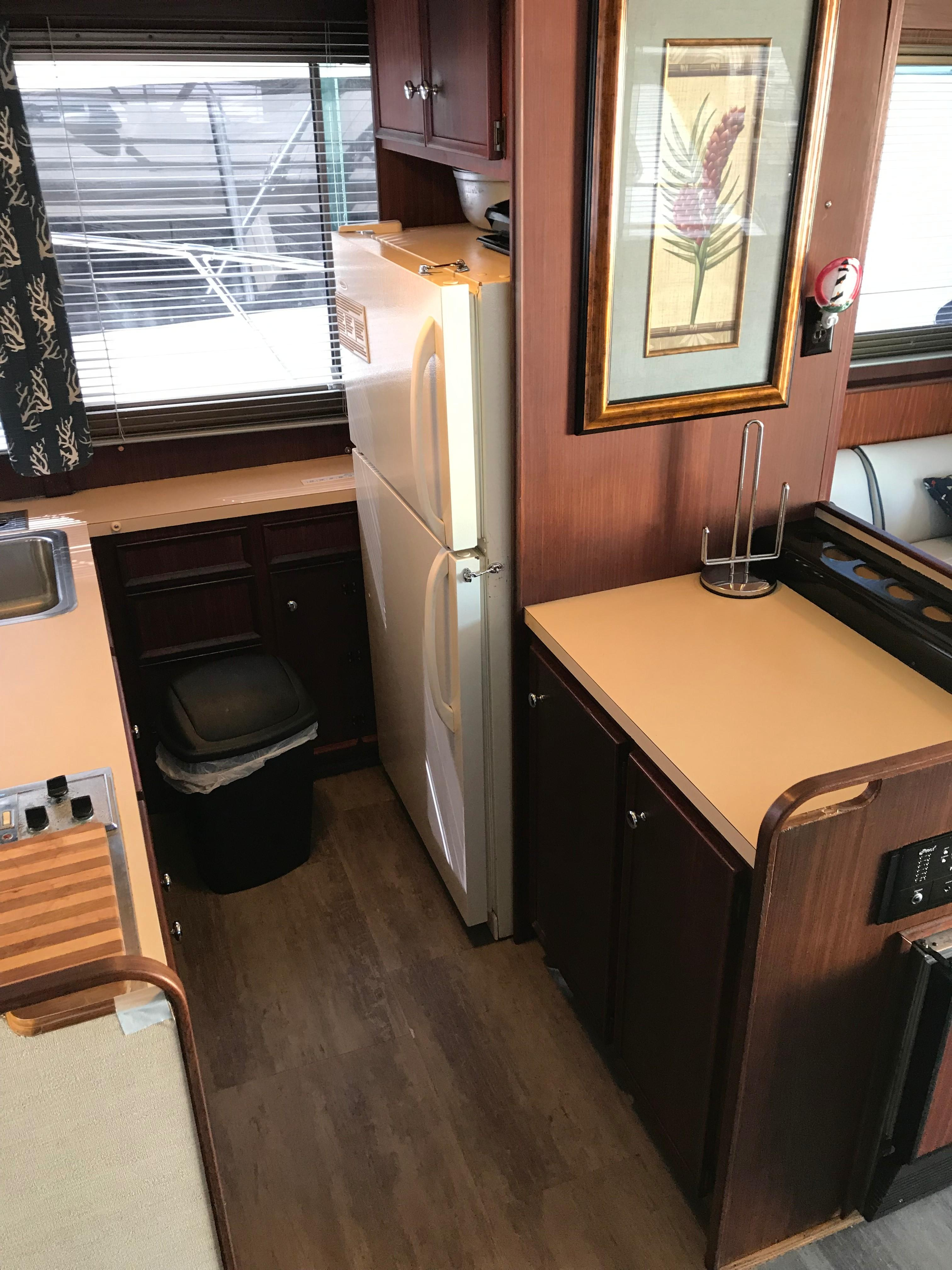 Hatteras Convertible - MUST SEE - Galley