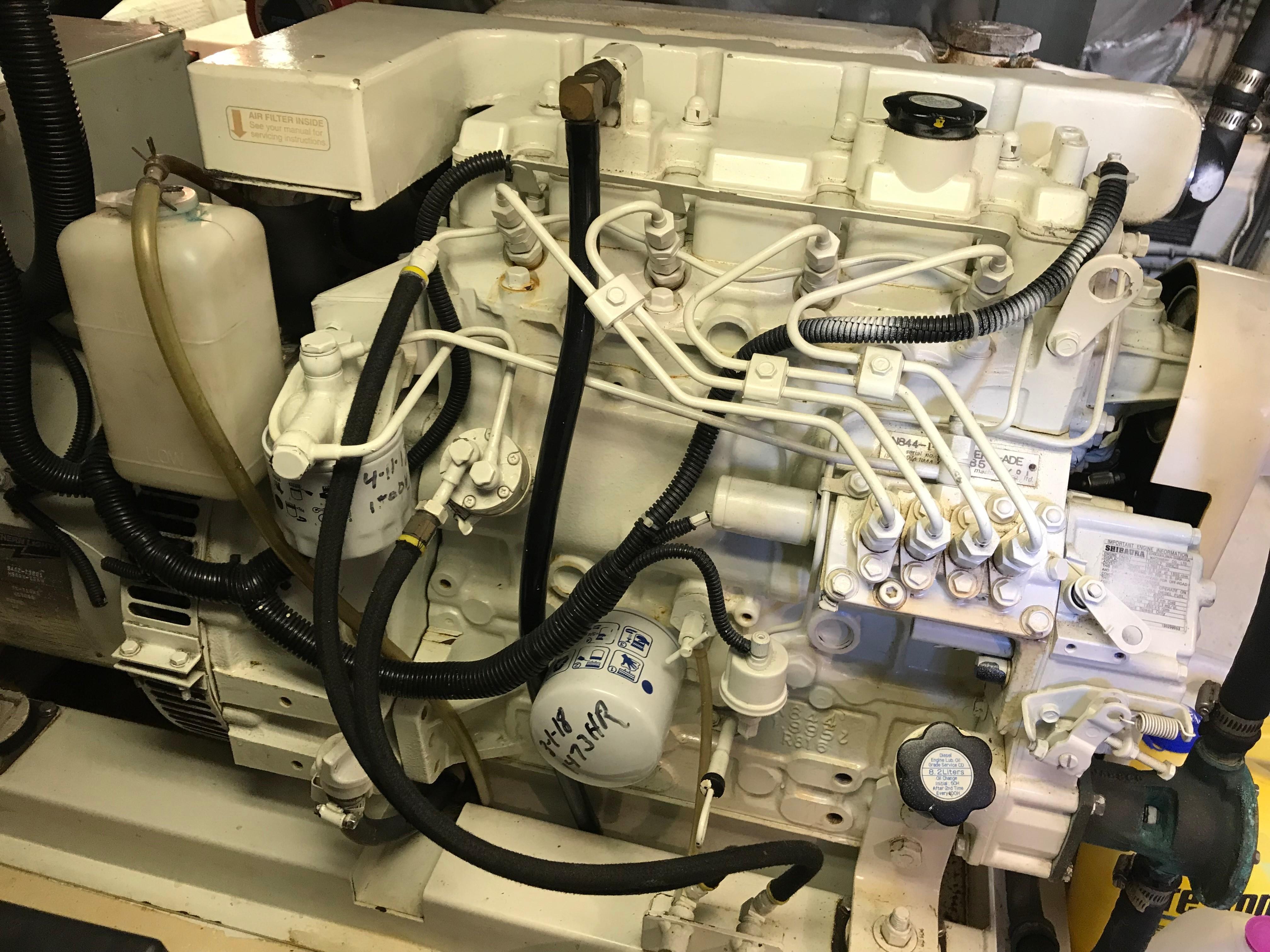 Hatteras Convertible - MUST SEE - Northern Lights Generator