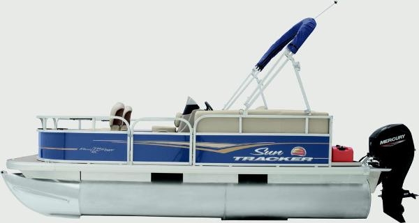 2020 Sun Tracker boat for sale, model of the boat is Bass Buggy 16 XL & Image # 4 of 13