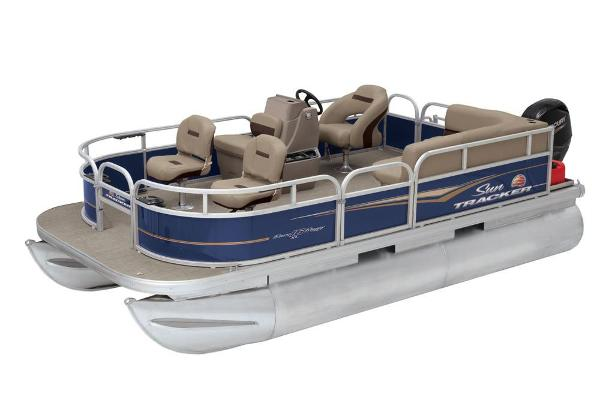 2020 Sun Tracker boat for sale, model of the boat is Bass Buggy 16 XL & Image # 6 of 13