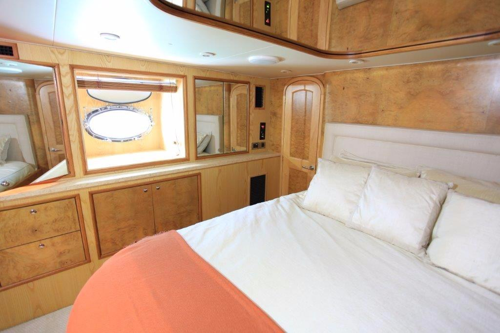 Master Stateroom - Starboard