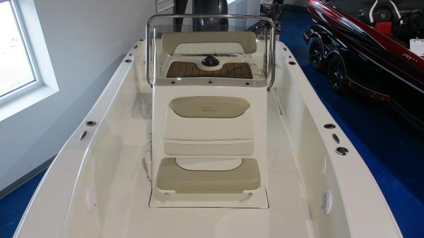 2021 Pioneer boat for sale, model of the boat is 180 Sportfish & Image # 6 of 36