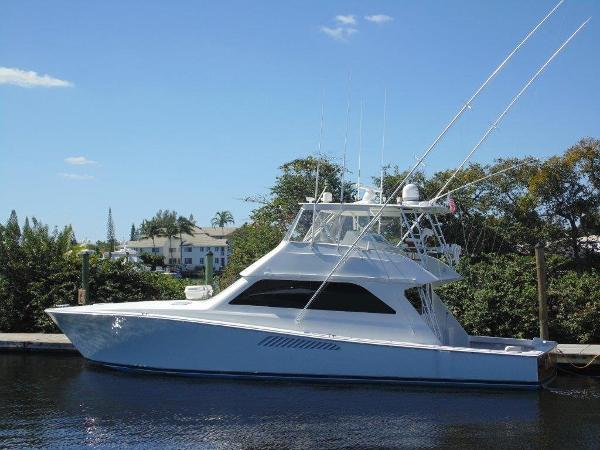 2000 55' Viking 55 Convertible