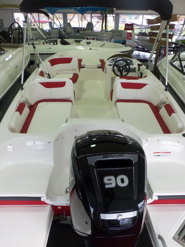 2016 Bayliner 180 Element XL