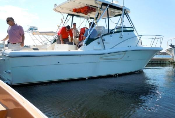 Pursuit - 3000 Offshore - Bring Offers! Sports Fishing Boats