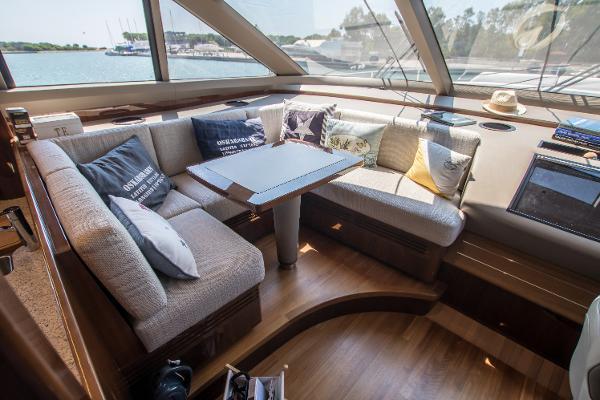 Princess Motor Yacht Sales - Used Princess 82