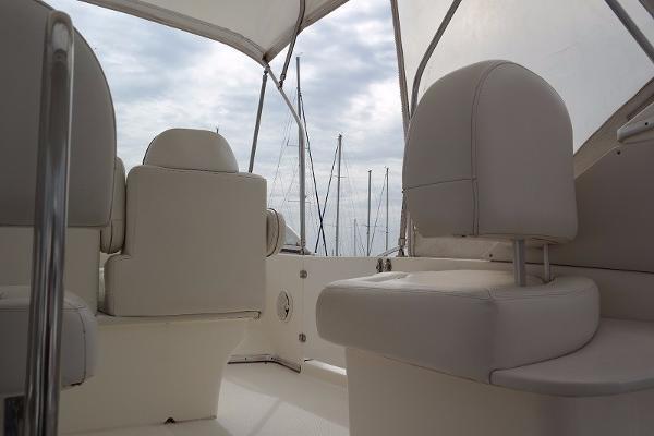 39 Motor Yacht-3