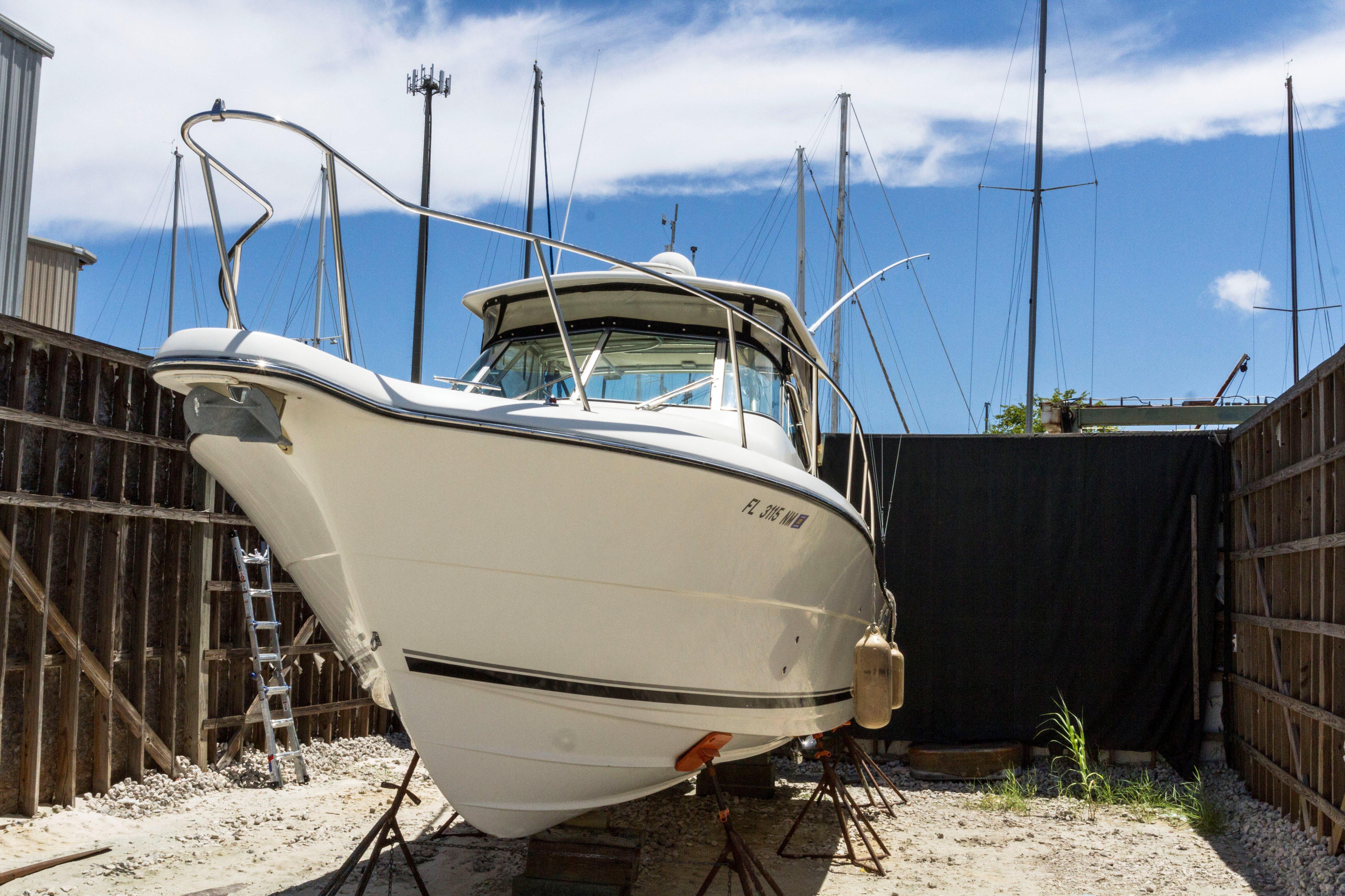 30' Pursuit 2006 3070 Offshore