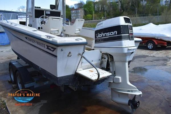 1988 Grady-White boat for sale, model of the boat is Fisher & Image # 16 of 42