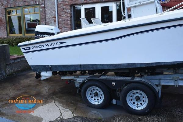 1988 Grady-White boat for sale, model of the boat is Fisher & Image # 19 of 42