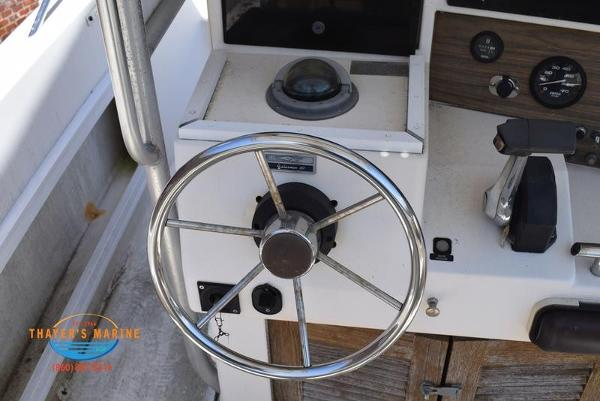 1988 Grady-White boat for sale, model of the boat is Fisher & Image # 25 of 42