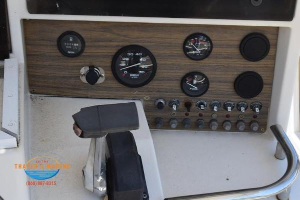 1988 Grady-White boat for sale, model of the boat is Fisher & Image # 28 of 42