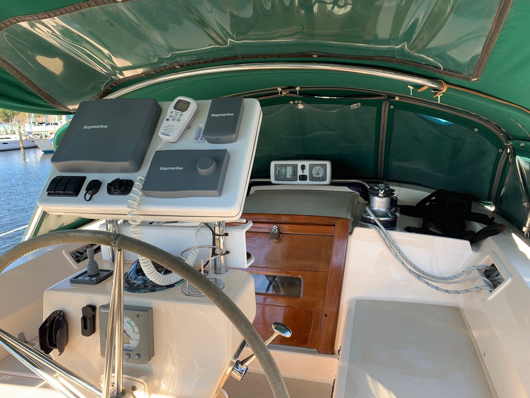 cockpit pedestal
