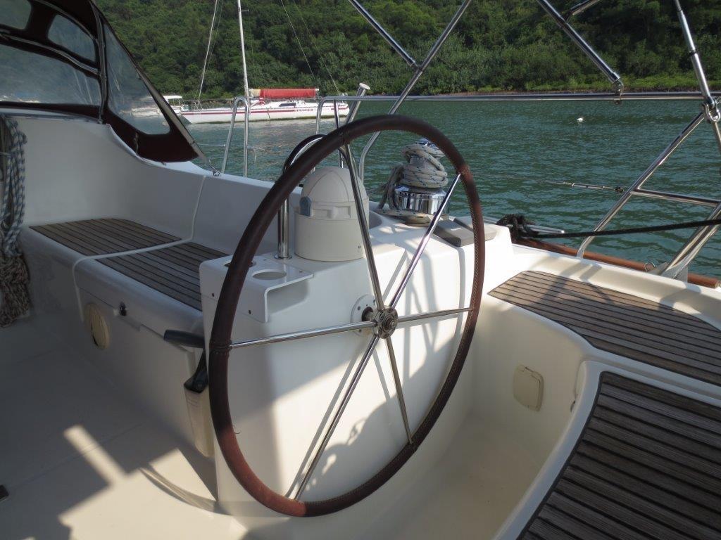 Beneteau Oceanis 473 Helm