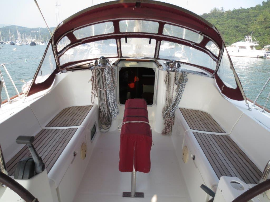 Beneteau Oceanis 473 Cockpit