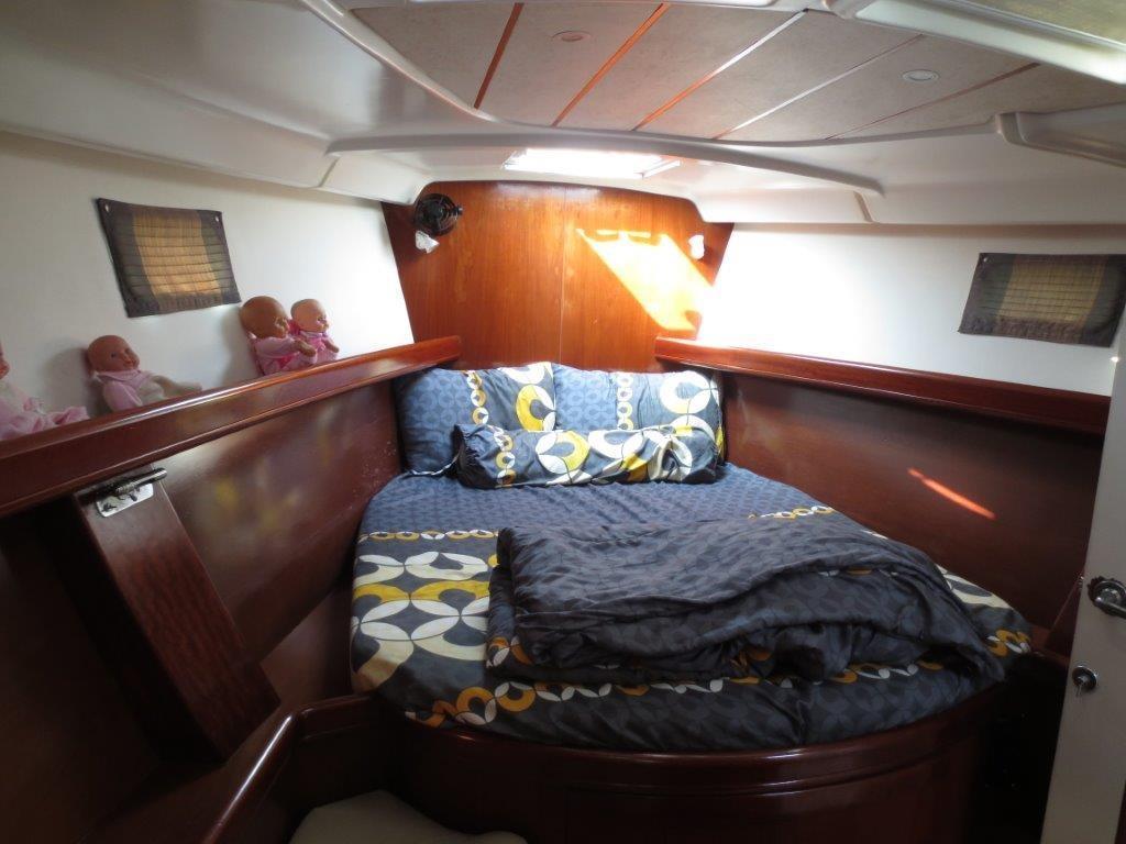 Beneteau Oceanis 473 Cabin