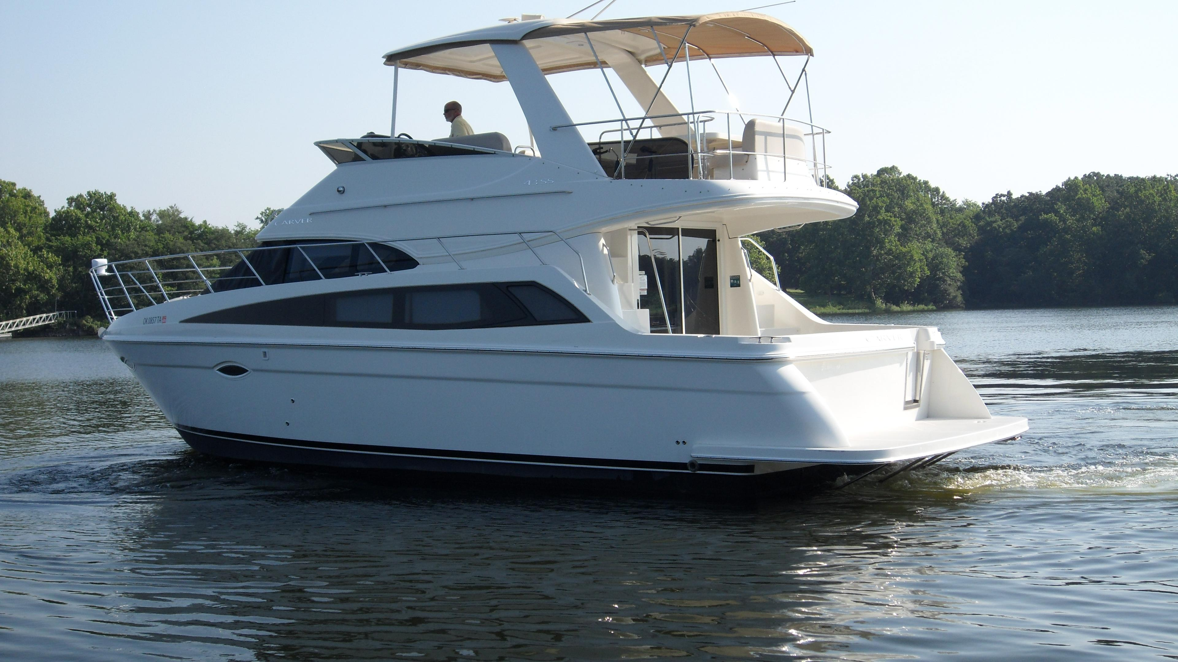 2009 CARVER YACHTS 43 SS for sale