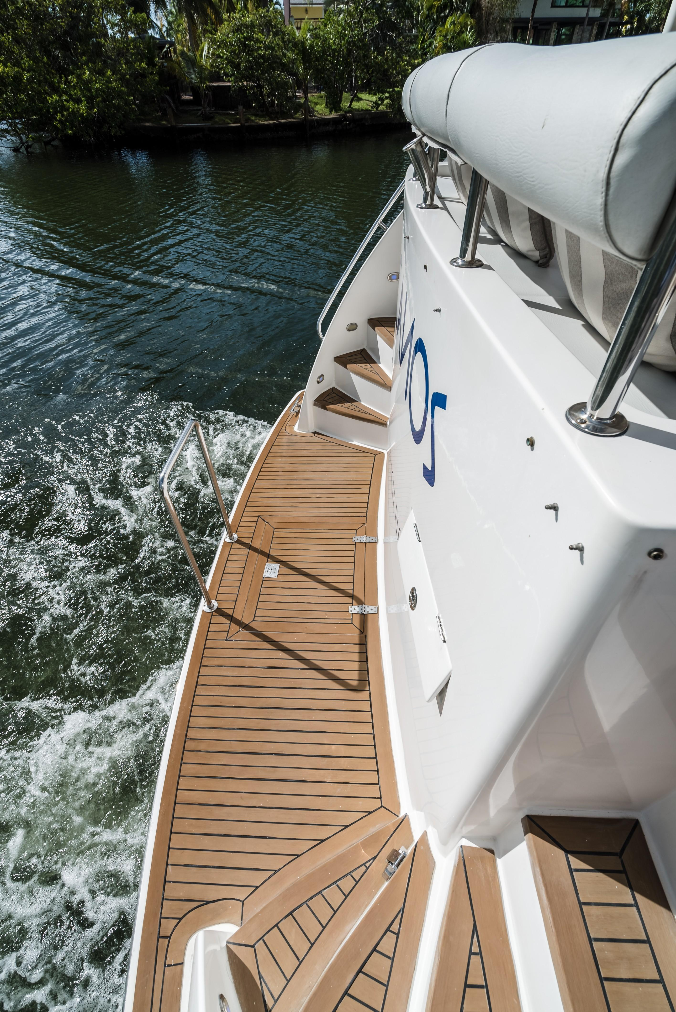 2000 54 ft Yacht For Sale | Allied Marine