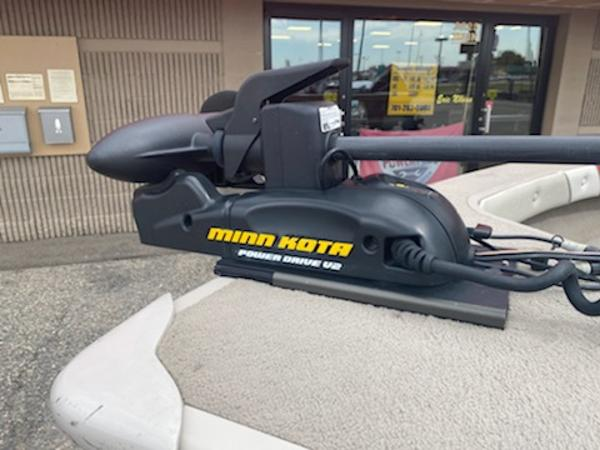 2001 Smoker Craft boat for sale, model of the boat is Pro Mag 161 & Image # 4 of 10