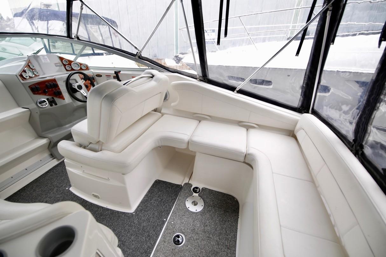 2010 Bayliner 255