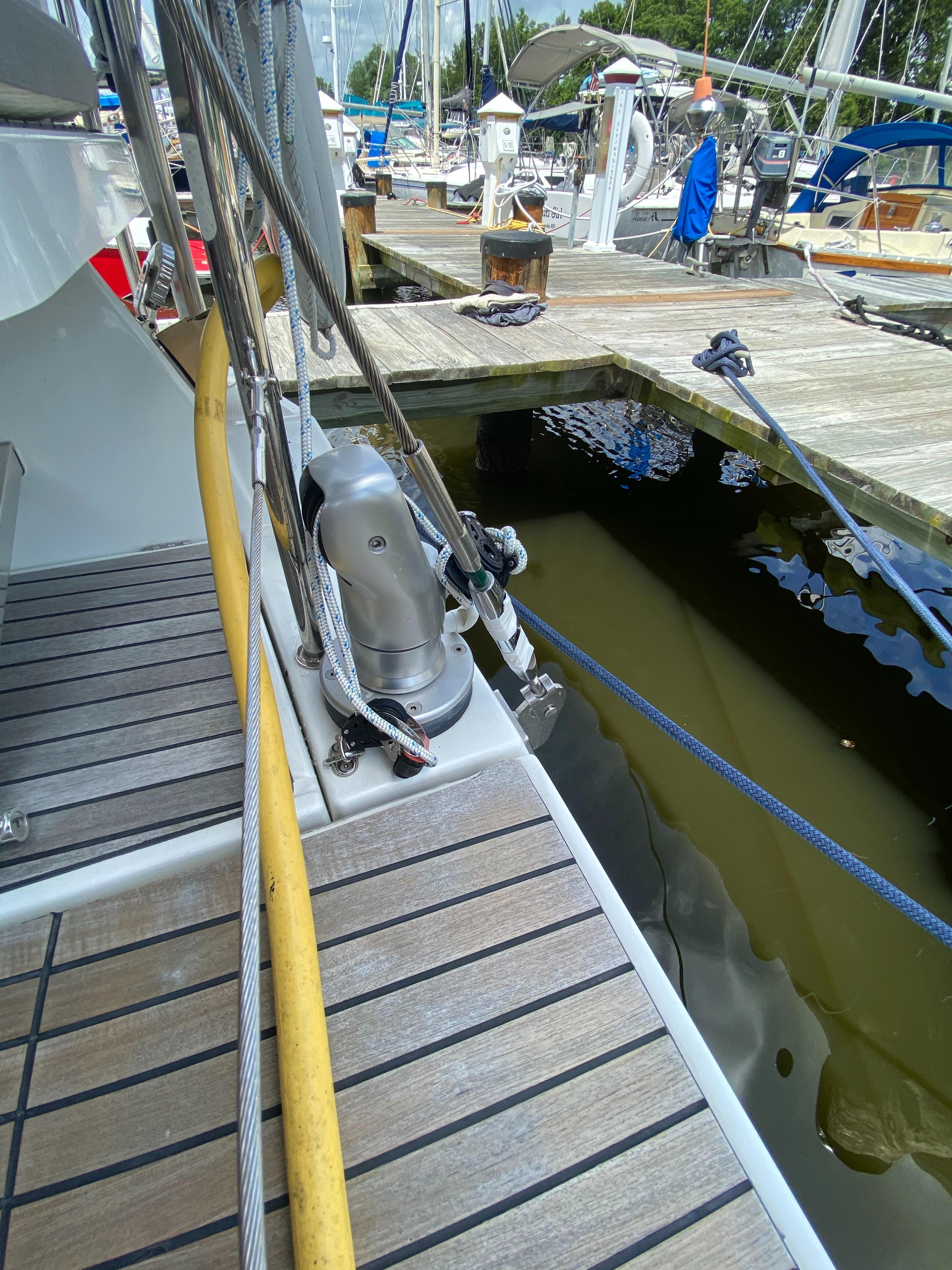 retractable davits