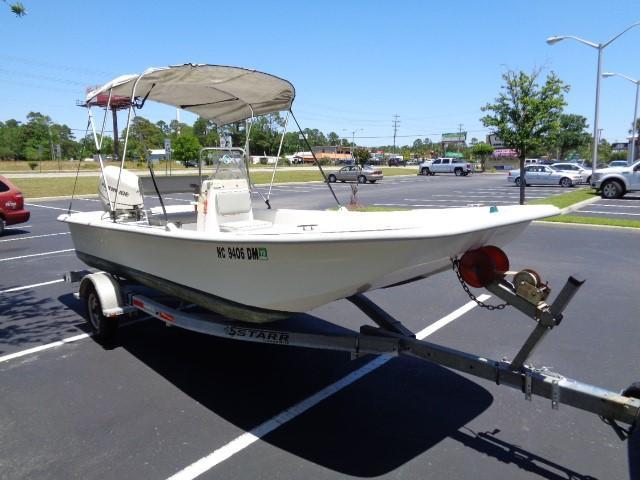 Clearwater 19 Skiff - starboard profile