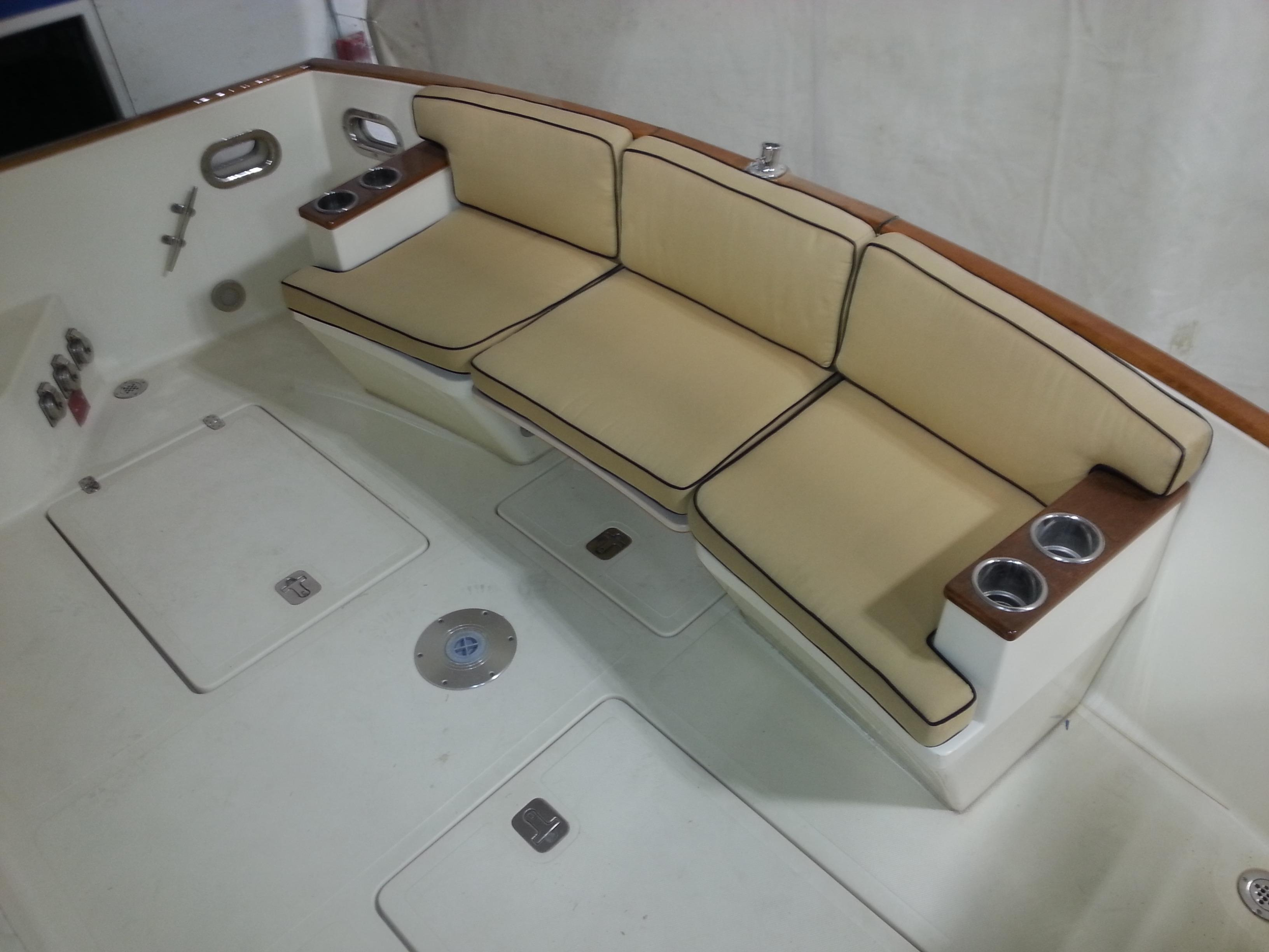 Aft Cockpit Seats