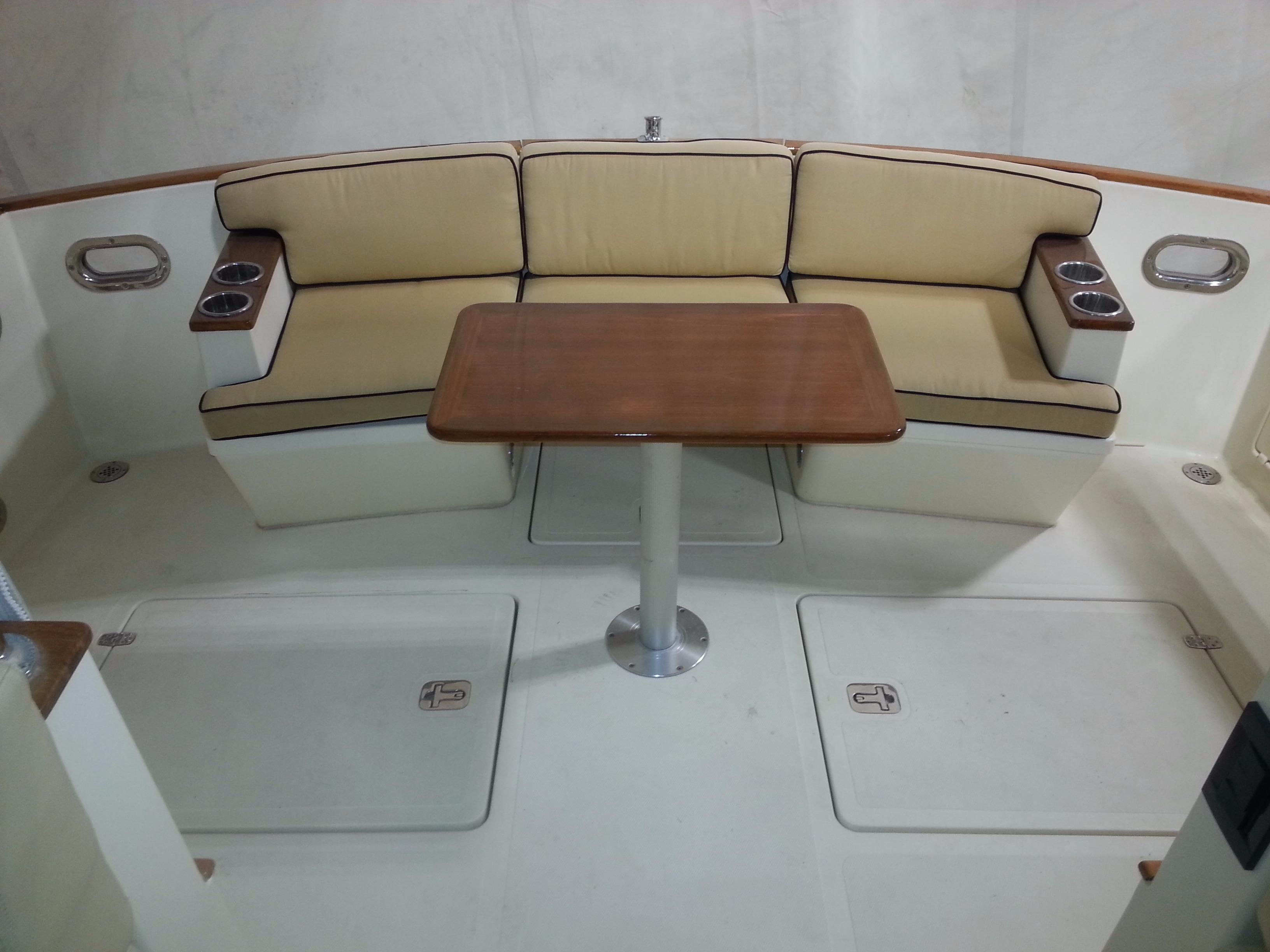 Seats with Table