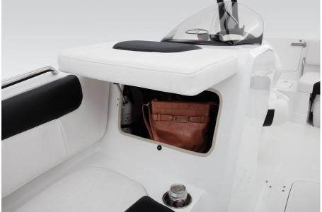 2019 Tahoe boat for sale, model of the boat is 1950 & Image # 3 of 34
