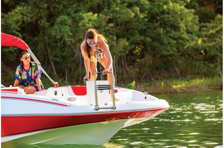 2019 Tahoe boat for sale, model of the boat is 2150 & Image # 16 of 21