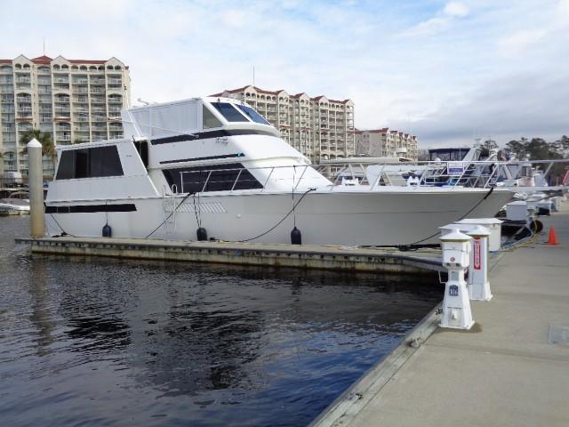 Viking Motor Yacht - Starboard Profile