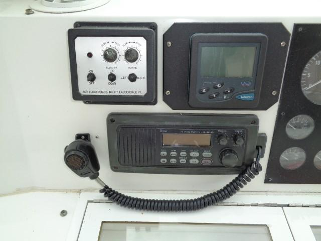 Viking Motor Yacht - VHF Radio