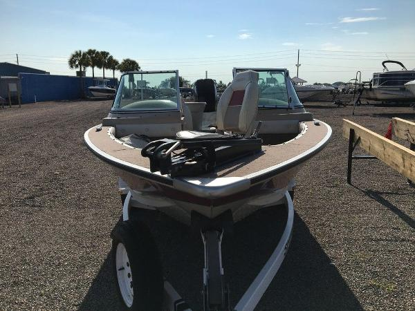 1997 Smoker Craft boat for sale, model of the boat is Phantom 170 & Image # 3 of 8