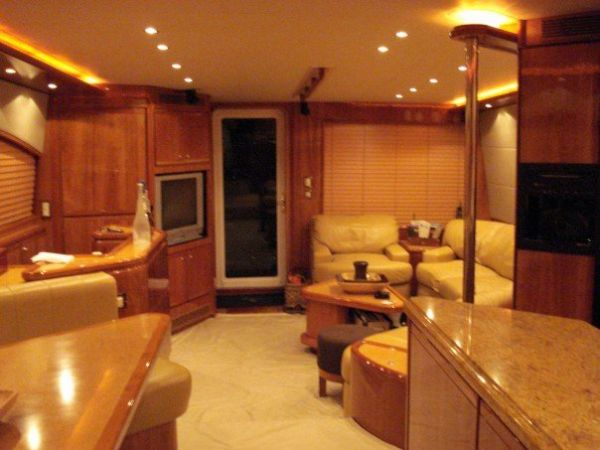 Galley, Dinette, Salon aft view