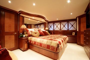 Lower Deck  Master Stateroom