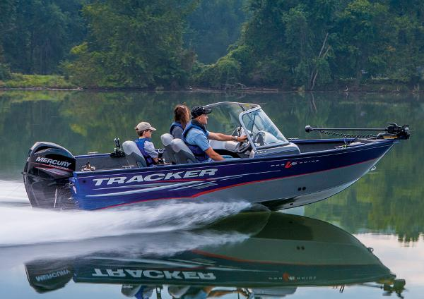 2014 Tracker Boats boat for sale, model of the boat is Pro Guide V-16 WT & Image # 4 of 32