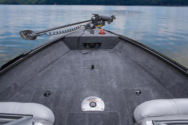 2014 Tracker Boats boat for sale, model of the boat is Pro Guide V-175 Combo & Image # 21 of 33