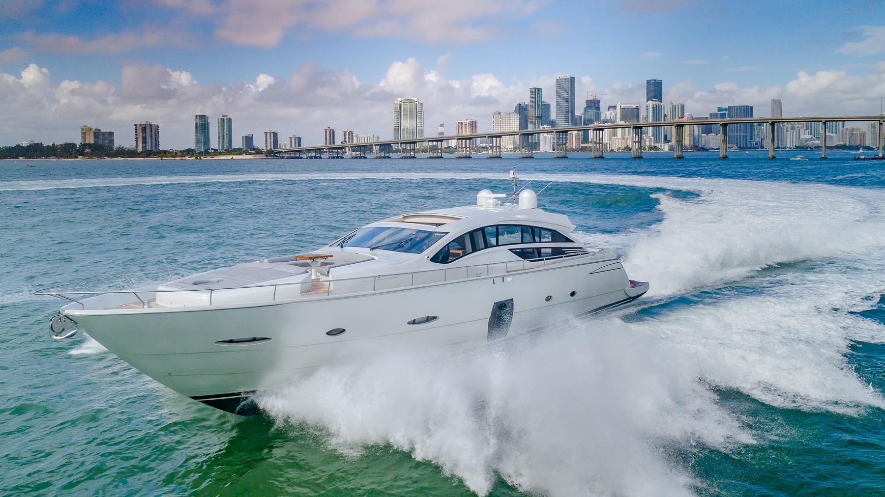 80 ft Pershing Motor Yacht