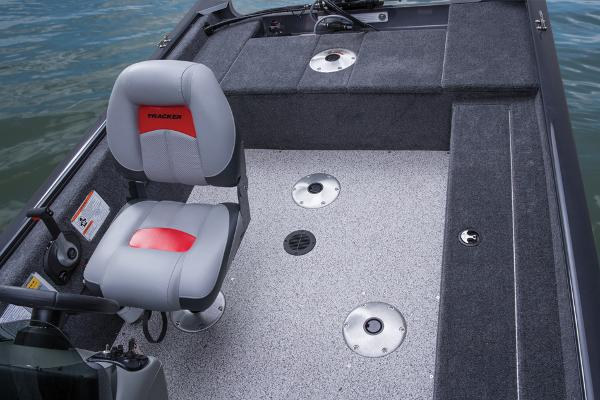 2014 Tracker Boats boat for sale, model of the boat is Super Guide V-16 SC & Image # 14 of 26