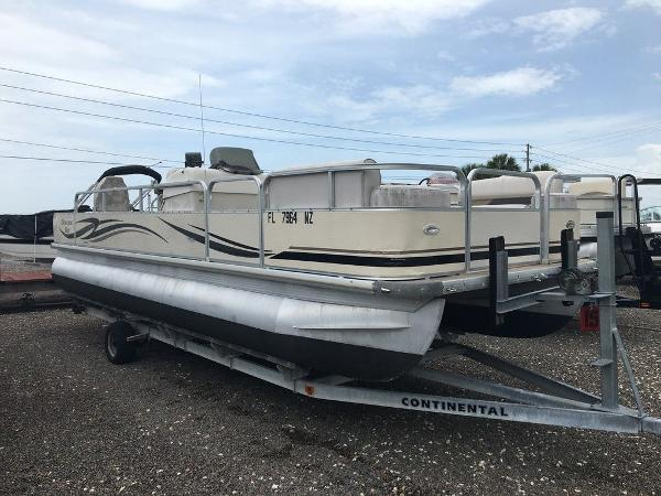 2010 Misty Harbor boat for sale, model of the boat is Biscayne Bay & Image # 2 of 4