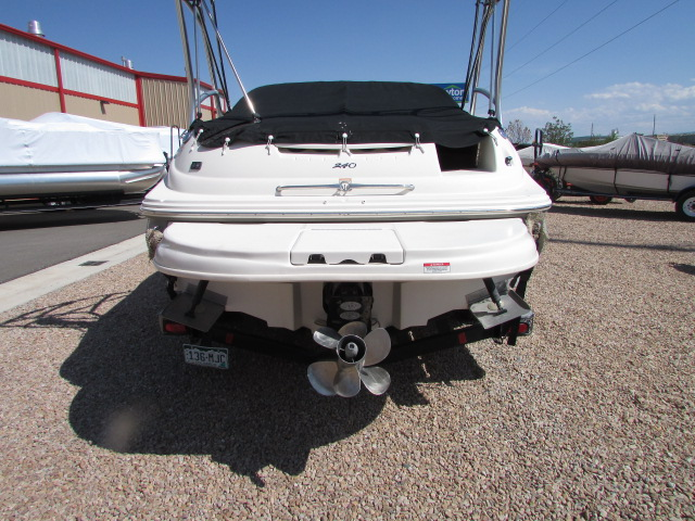 2006 Sea Ray boat for sale, model of the boat is 240 Sundeck & Image # 18 of 26