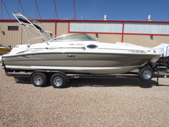 2006 Sea Ray boat for sale, model of the boat is 240 Sundeck & Image # 24 of 26