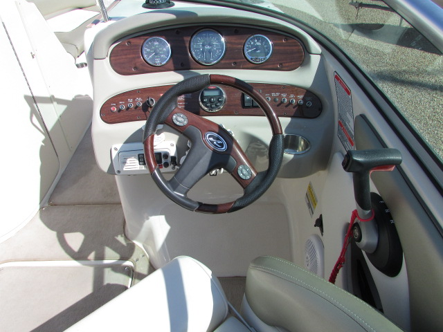 2006 Sea Ray boat for sale, model of the boat is 240 Sundeck & Image # 25 of 26