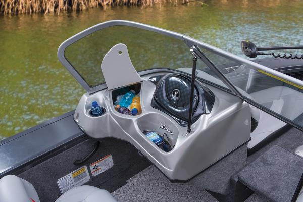 2014 Tracker Boats boat for sale, model of the boat is Targa V-18 Combo & Image # 15 of 38